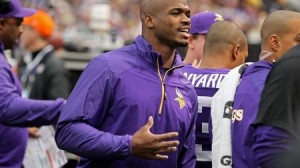 Source: Adrian Peterson still presses for trade from Vikings with decision to skip OTAs