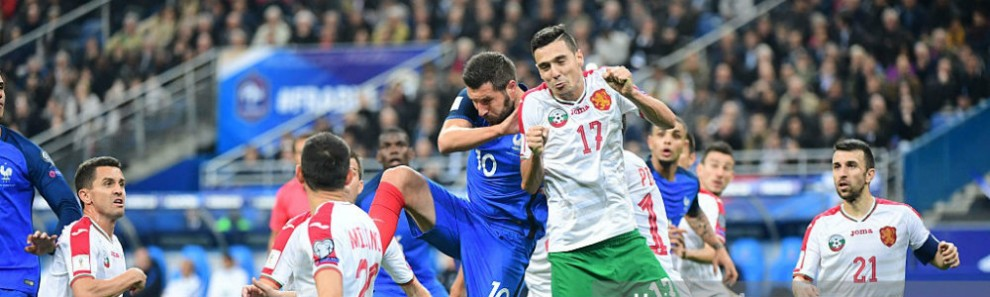 andre-pierre-gignac-of-france-and-georgi-milanov-of-bulgaria-for-a-picture-id613266194