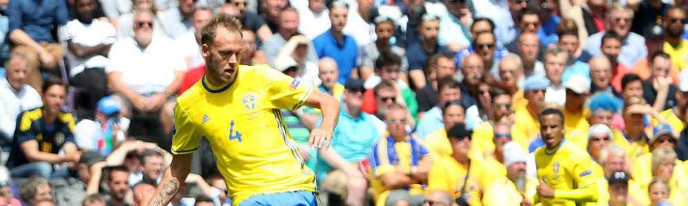 andreas-granqvist-of-sweden-during-the-uefa-euro-2016-group-e-match-picture-id541012850